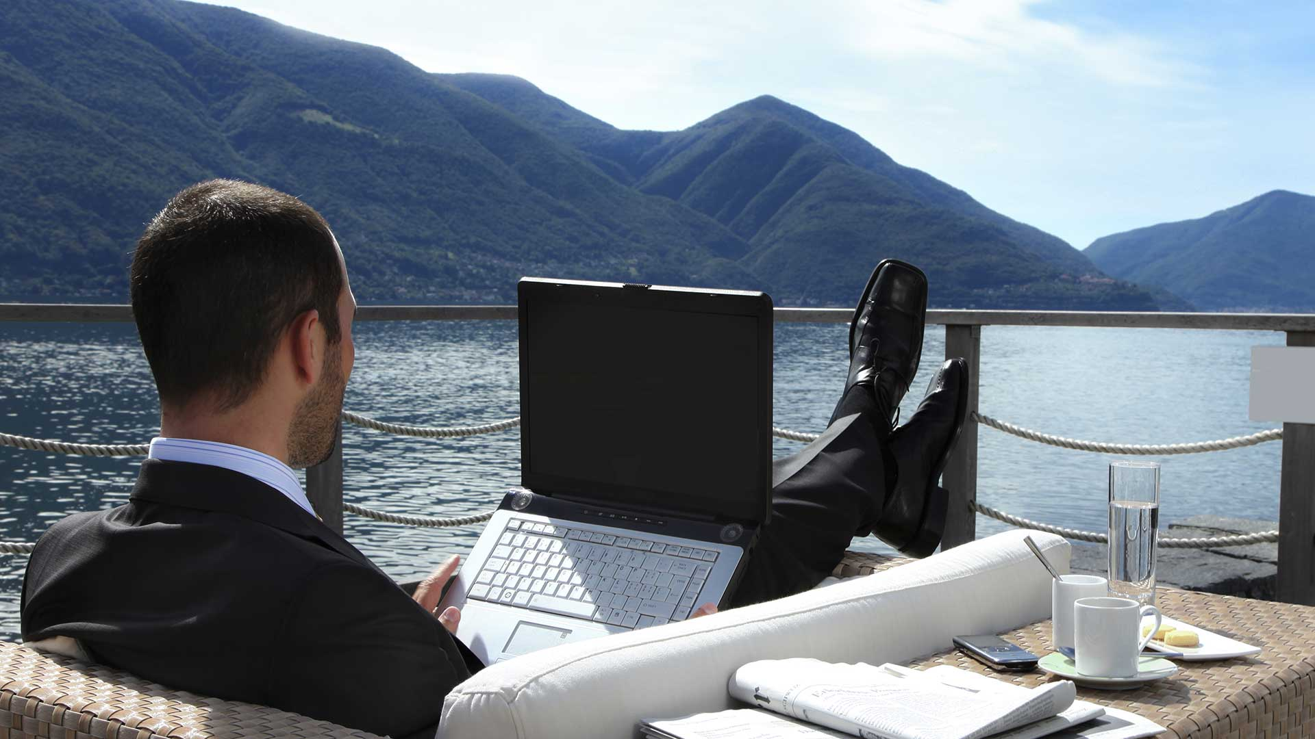business-working-lake-como